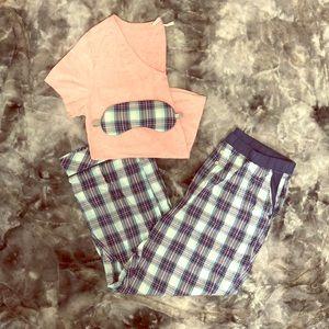 Victoria's Secret t shirt pajama set